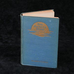 1908 The Sunlit Road Daily Devotional